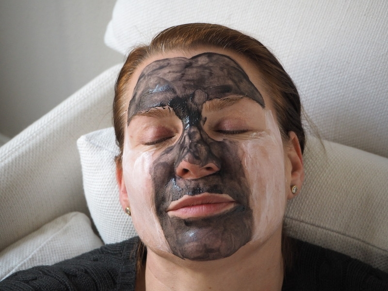 Paula's Choice Rehydrating Moisture Mask Pore Clarifying Charcoal Gel Mask