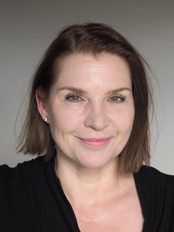 Laura Mercier Velour Extreme Matte Lipstick Goals