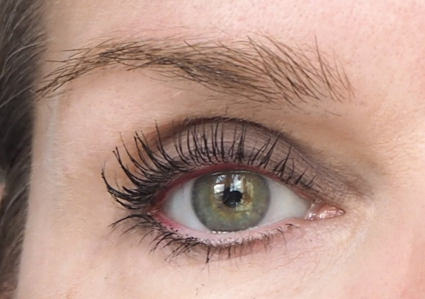 Malerei Korres Professional Volume Mascara Essence Longlasting Eye Pencil Berry Fantastic Bobbi Brown Eyeshadow Slate Espresso Augenmakeup Tragebild 2