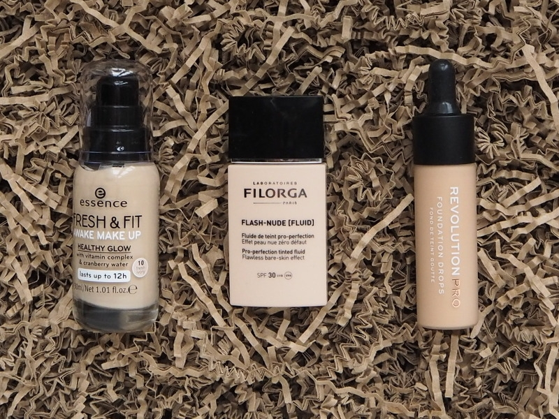 Essence Fresh Fit Filorga Flash Nude RevolutionPRO Foundation Drops