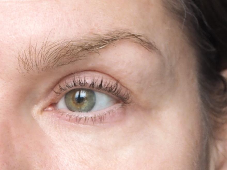 Augenpartie ungeschminkt Morgenlicht