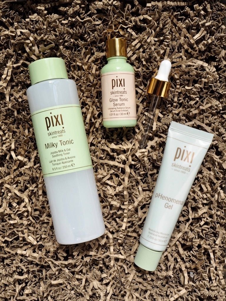 Pixi Skintreats Milky Tonic Glow Tonic Serum pHenomenal Gel