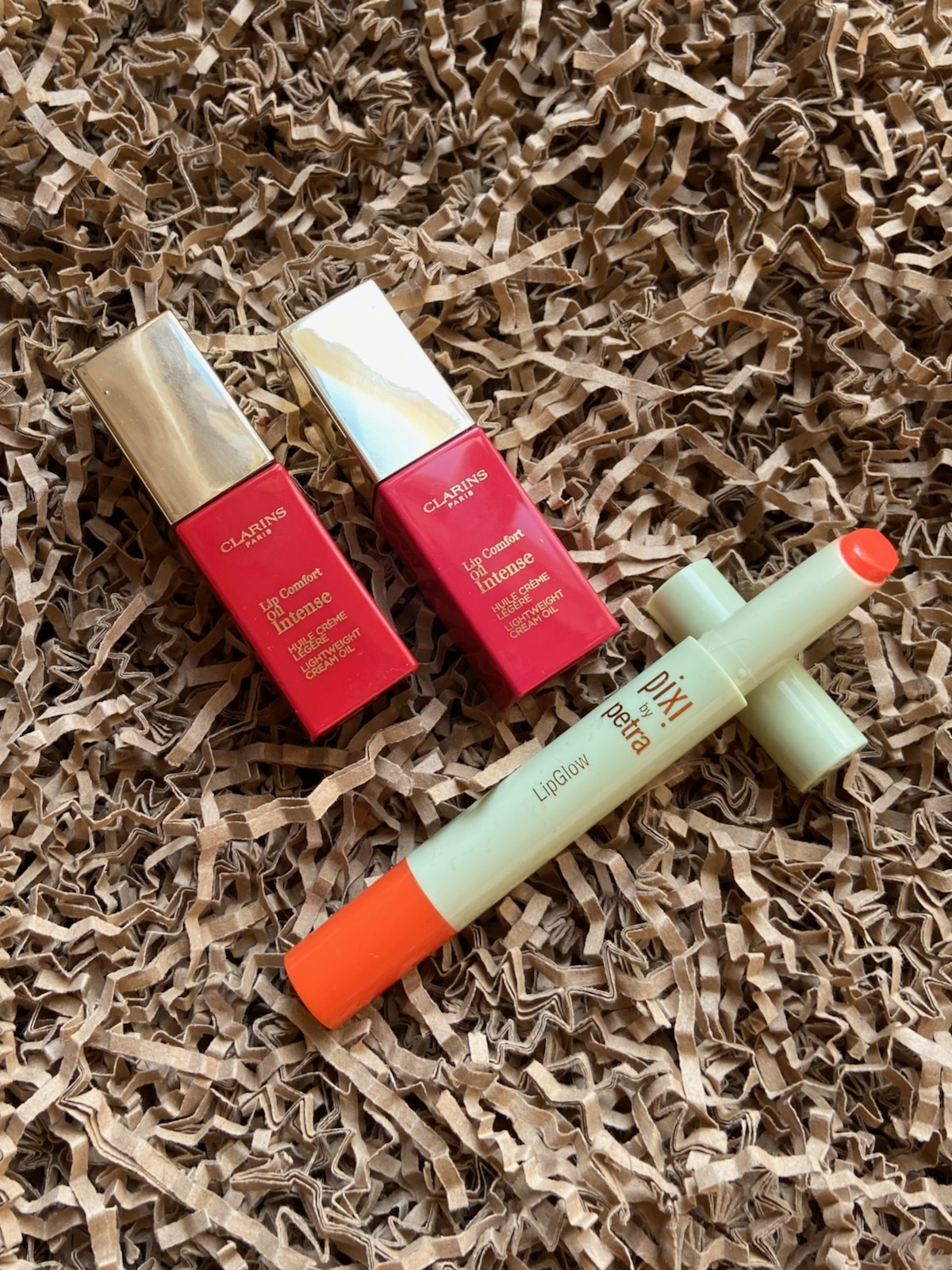 Clarins Lip Comfort Oil Intense Pixi Lip Glow