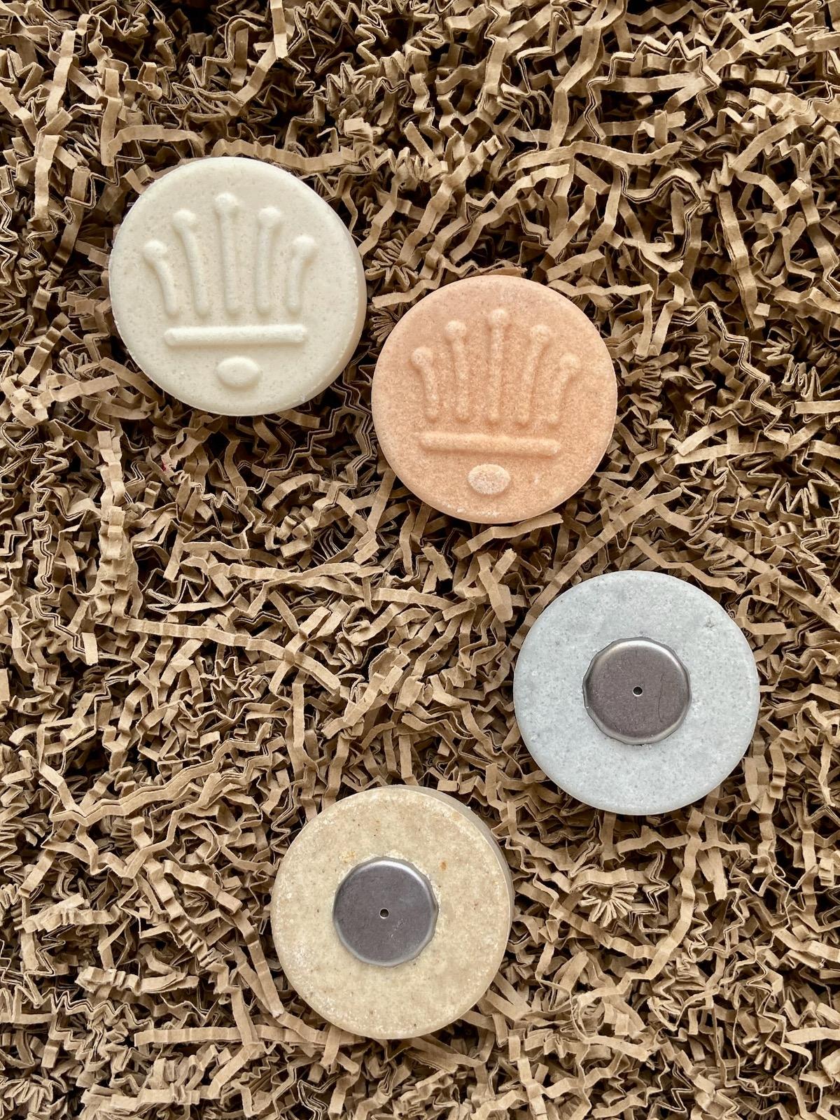 Naturseifen Manufaktur Uckermark Rosen-Shampoo Frucht-Shampoo Lavendel-Shampoo Conditioner mit Halter