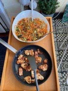 Wochenendrezept: Reisnudelsalat mit Gemüse und Huhn