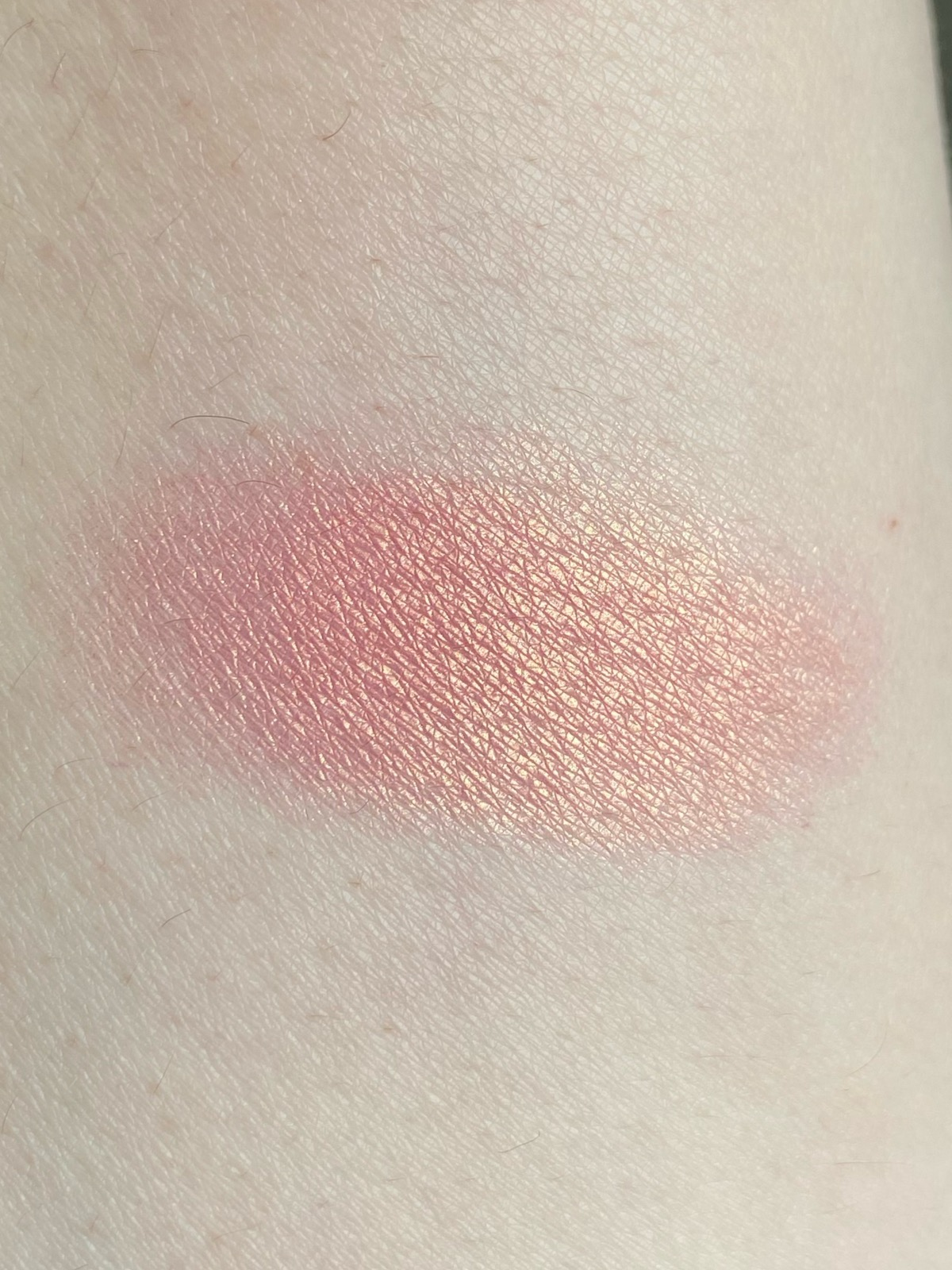 Catrice Cheek Lover Blush Swatch