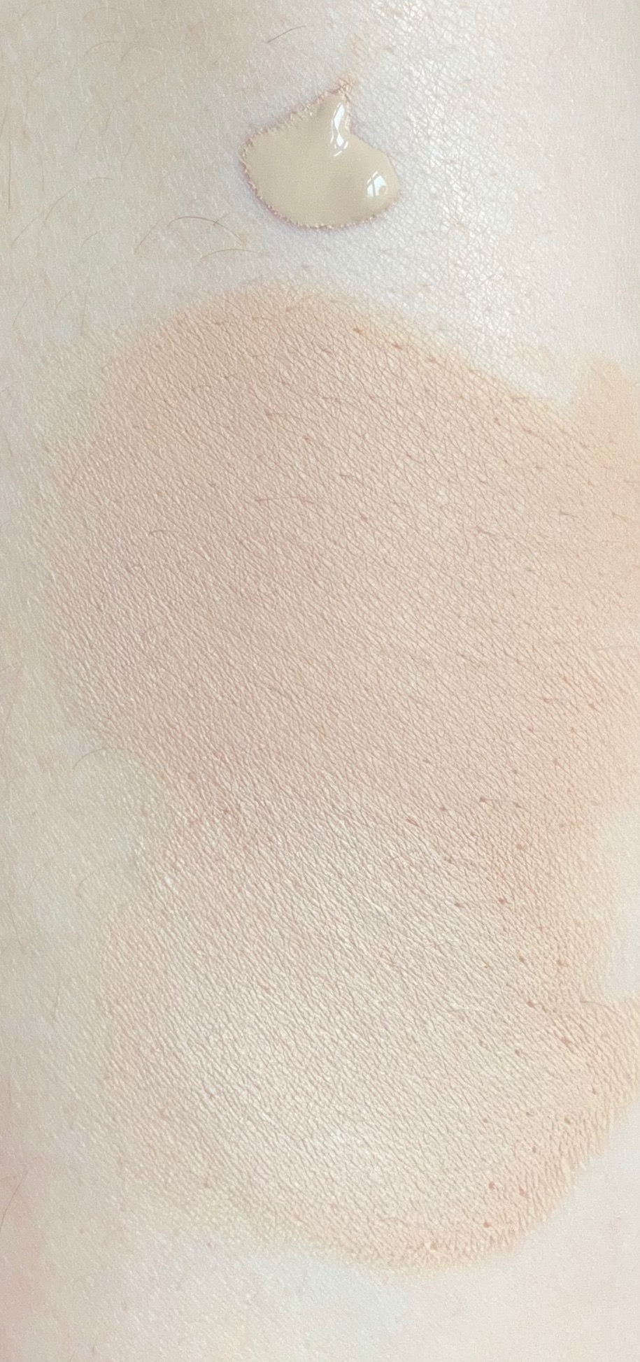 Catrice True Skin Foundation 010 Cool Cashmere Swatch