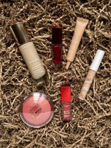 Testliste von super bis aussortiert (11): Makeup von Clarins und aus dem DM