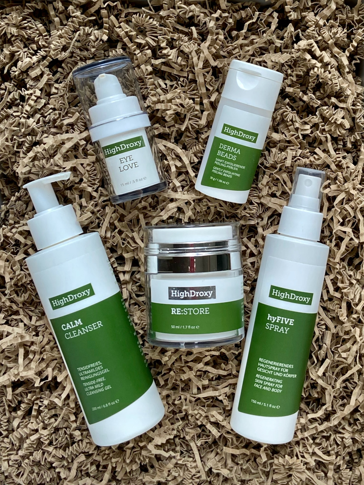 HighDroxy Lieblinge Mai 2021 Calm Cleanser Eye Love Derma BEads RE-STORE hyFIVE Spray