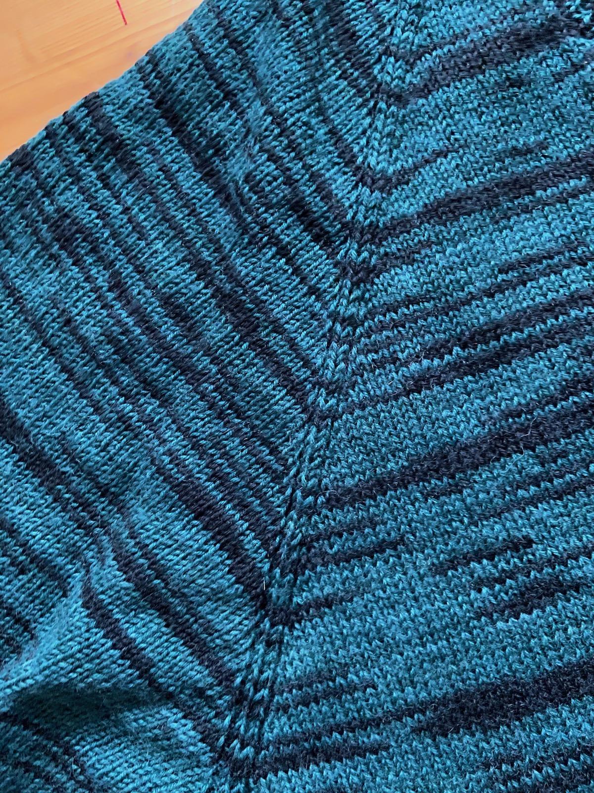 Pullover aus Sockenwolle Raglanlinie